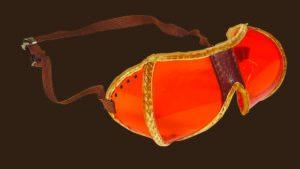 L'un des premiers modèles de lunettes de ski des années 1930