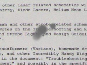 Illustration des dégâts d'un laser sur la vue
