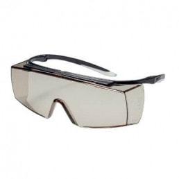 Schutzbrille mit UV-Filter von uvex